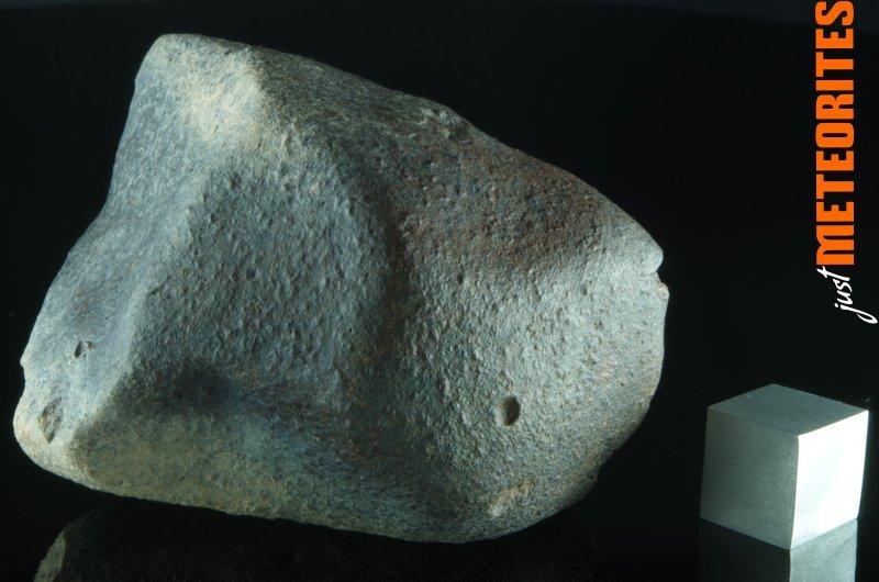 Chile-Atacama-Chondrite-stony-meteorite-IMGP5675