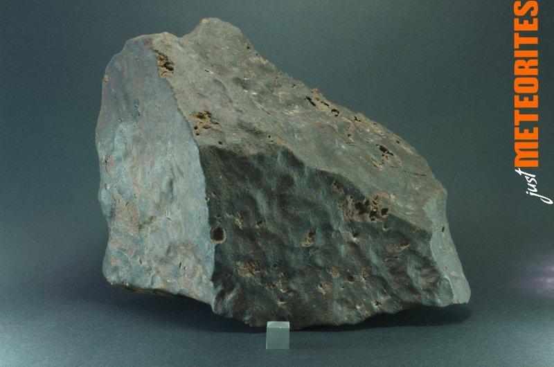 Chile-Atacama-Chondrite-stony-meteorite-IMGP6581