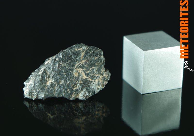 Monturaqui-meteorite-shale-IMGP5797